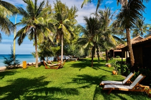 Beach Front Villa - Side View