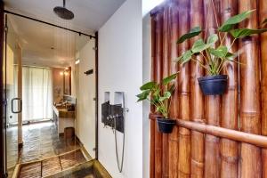 Sea View Villa Bathroom 3