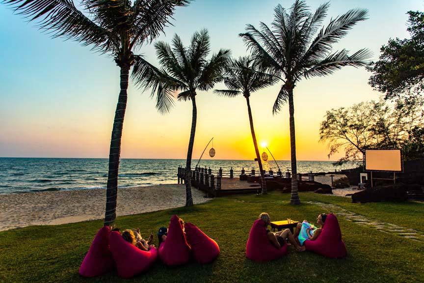 Chen Sea Sunset Bar