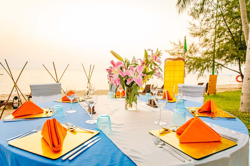 Event Dinner Set Up
